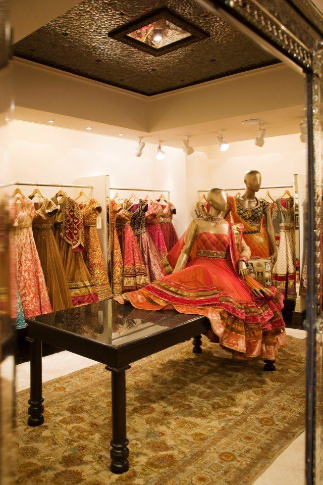 Tarun Tahiliani Outfits Store Design Interior Clothing Boutique Interior Furniture Store Design