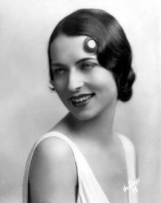 Agnes moorehead she was the mother of elizabeth