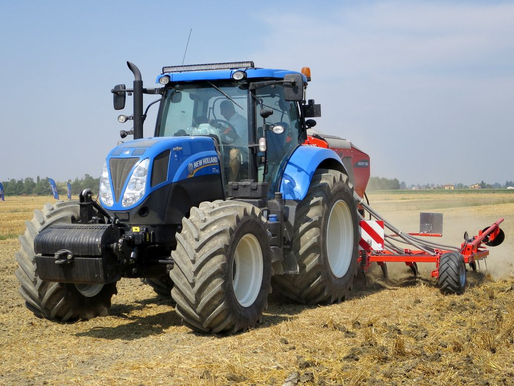Alle Grossen New Holland T7 210 Flickr Fotosharing Tractors Agriculture Tractor Ford Tractors