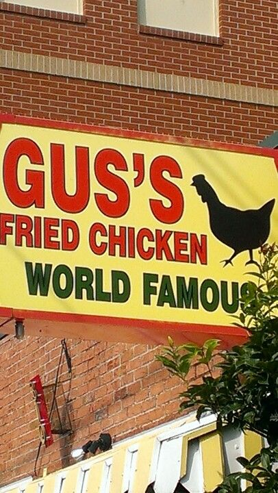 Gus's fried chicken Memphis, TN