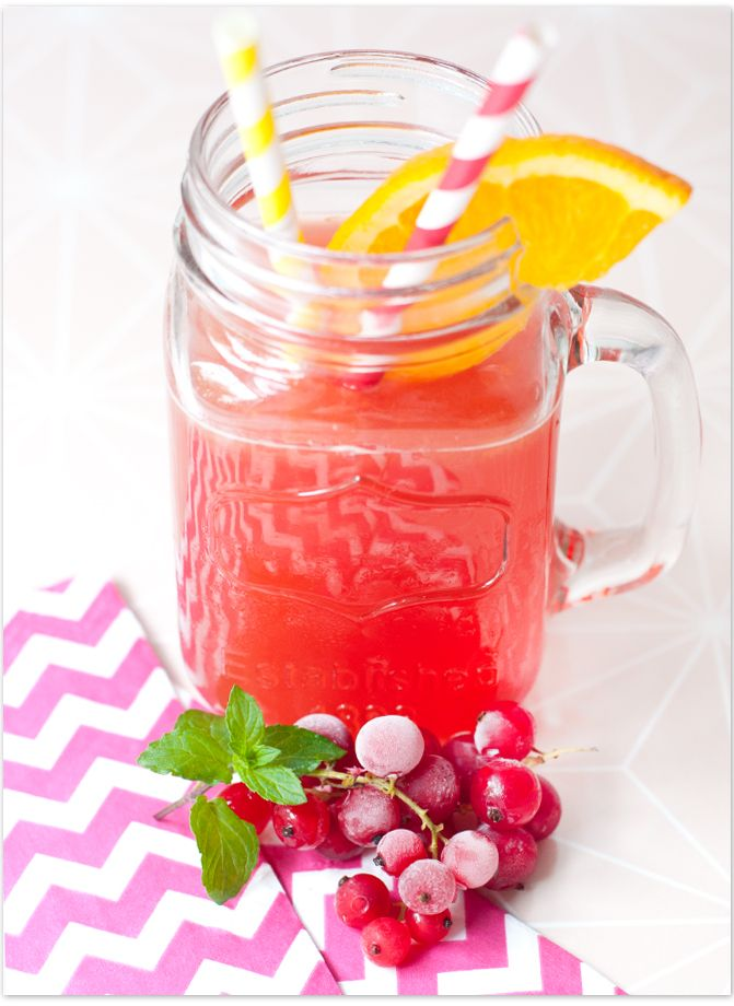 Wildberry-Exotic Icetea | Eistee mit Orange-Maracuja-Sirup und Wildberry-Tee von Lov-Organic