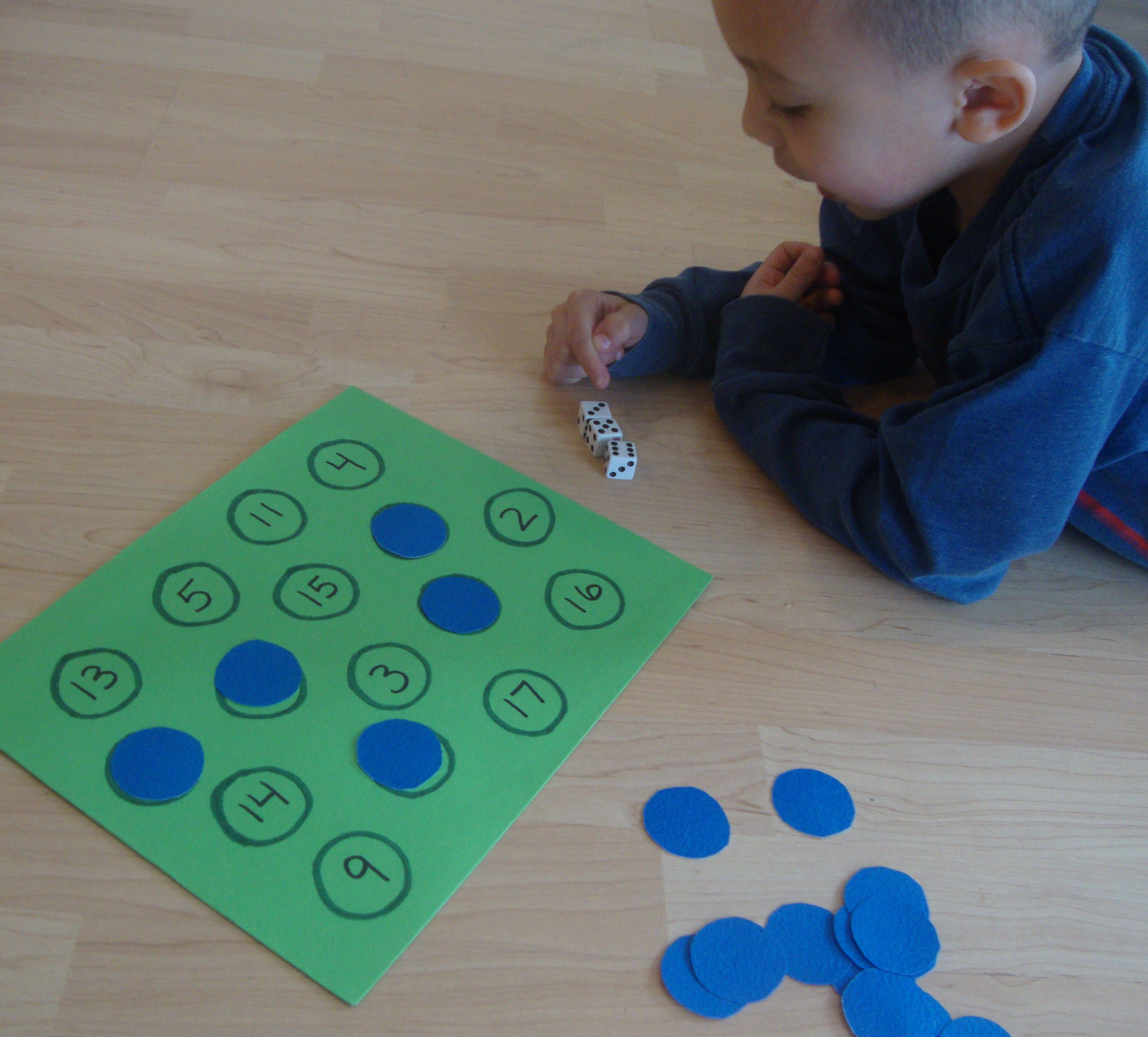 Roll & Cover Simple Addition Game For Preschoolers