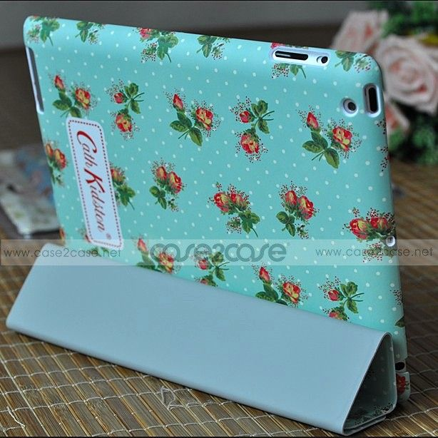 One of the attractive features of the Cath Kidston ipad 3 smart cover + back cover is that it is thin, sleek and amazingly flat-out. No one would like to hide the beauty of iPad 3 behind bulky iPad cases.