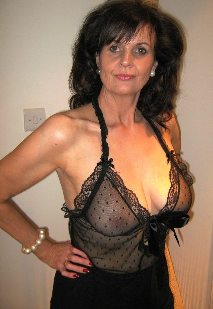 Big tit black cougar