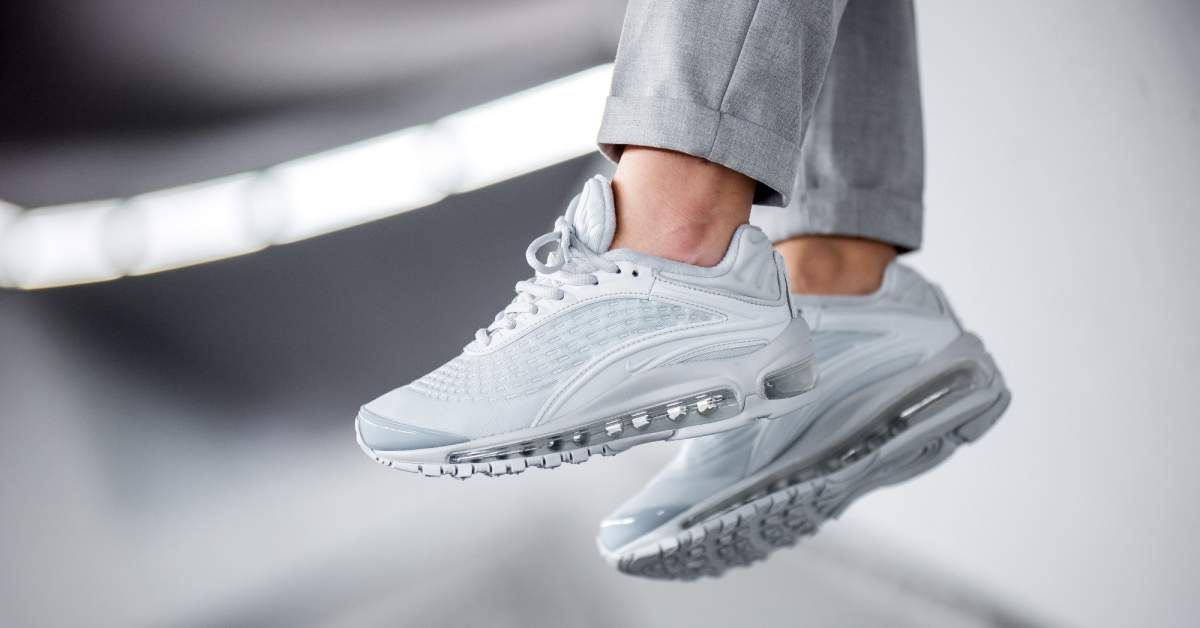 26359543800acf Nike WMNS Air Max Deluxe SE (grey) | 43einhalb Sneaker Store ...