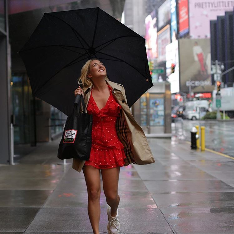 Rainy day in NYC today! ☔️ What does rainy weather make you crave