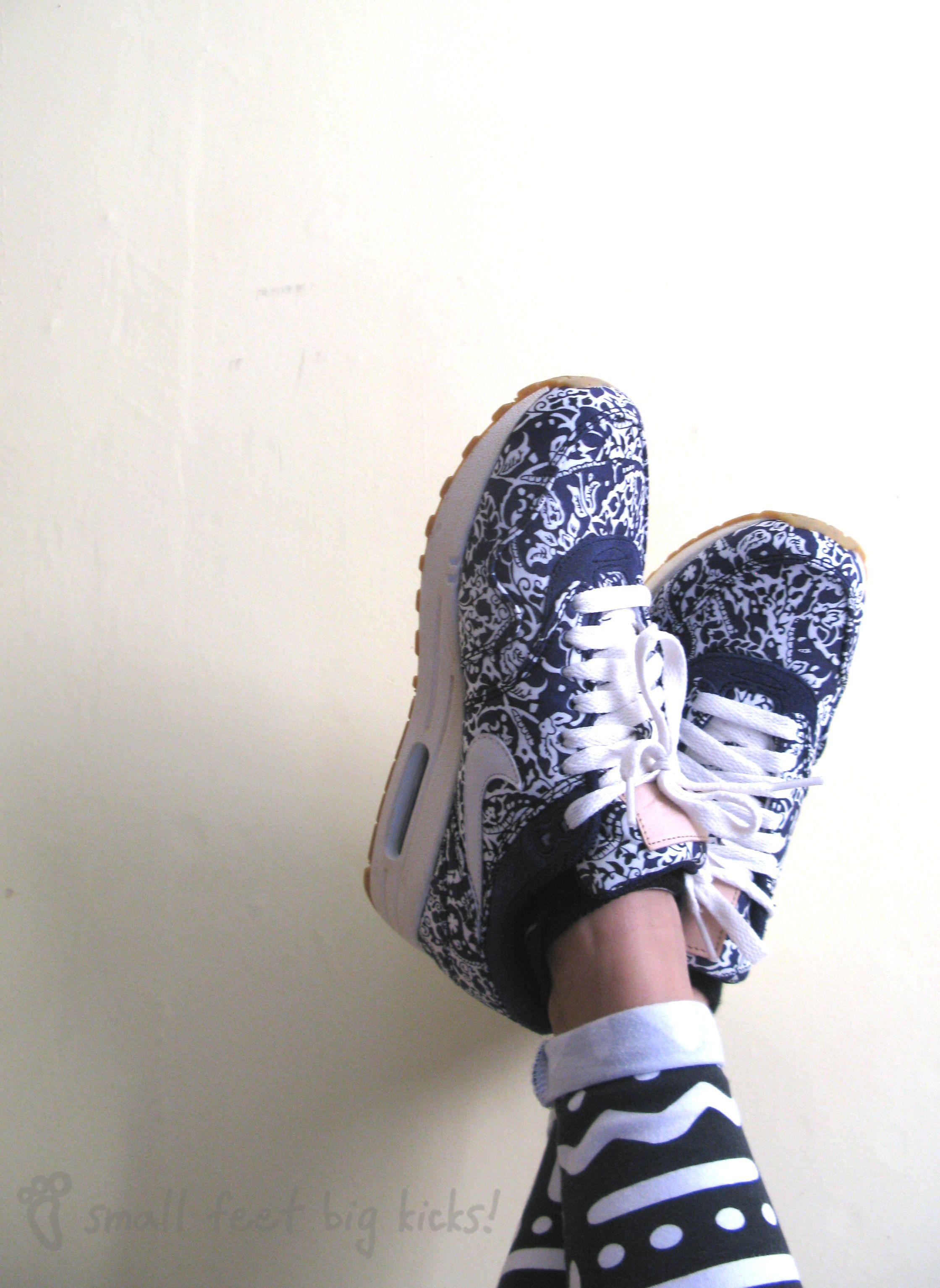 best sneakers ee2cb 1f1b3 Small Feet Big Kicks