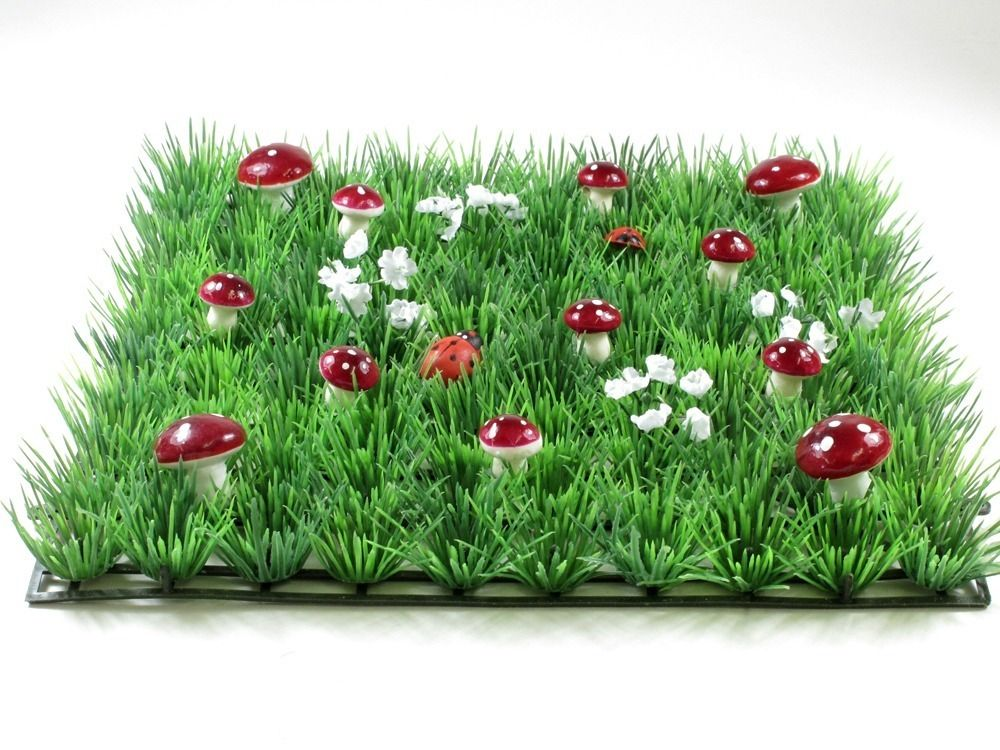 Enchant and captivate with this beautiful enchanted garden grass mat!  Place them in a row and style your dessert table, use at each place setting for your little guests at a birthday party or set up your very own fairy garden corner in your little girls bedroom or playroom - a multitude of uses and absolutely irresistible!  Little Boo-Teek - Toadstool Grass Table Mats   Candy Buffet Styling   Boutique Kids Party Supplies