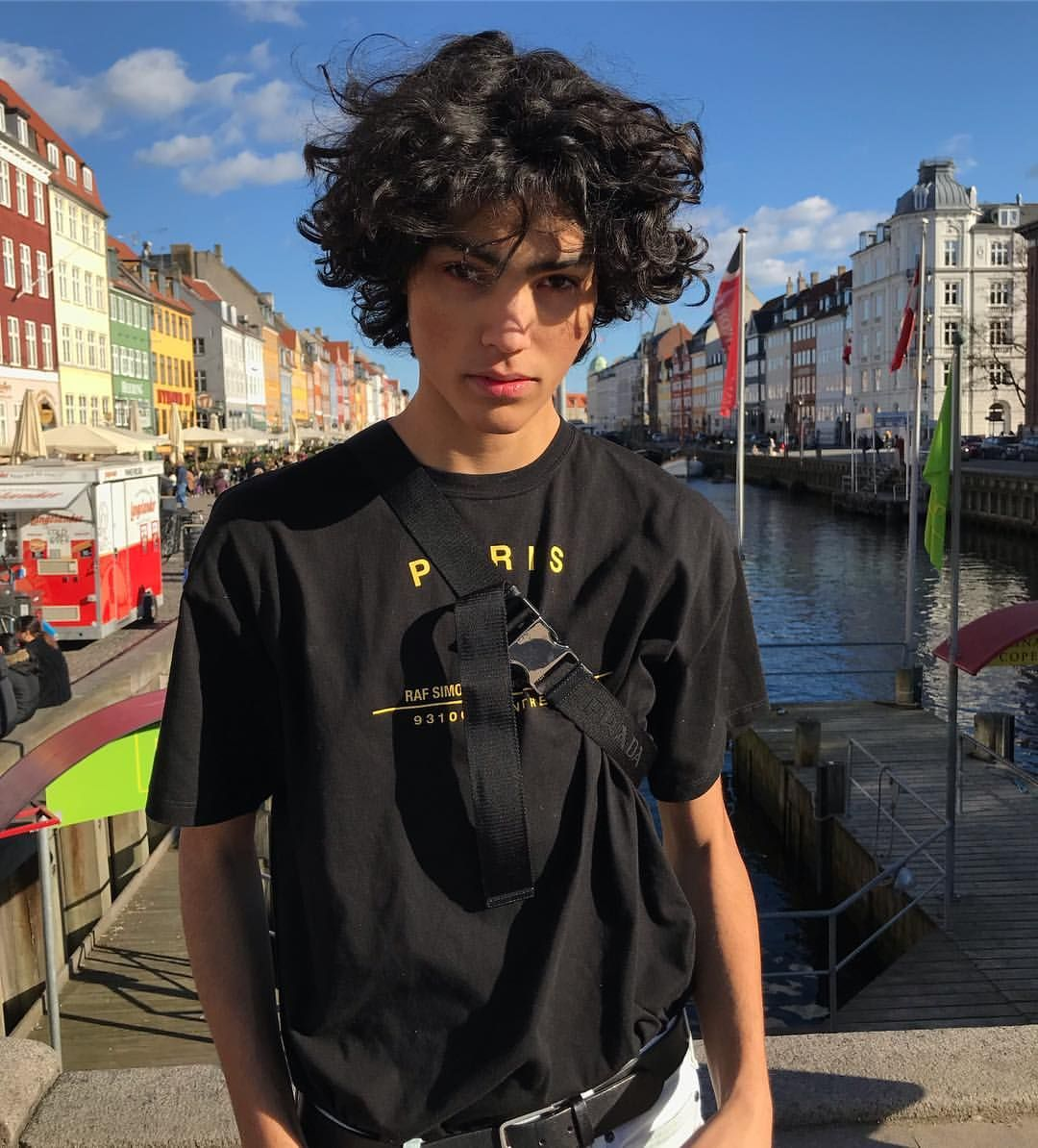 10k Likes 83 Comments Bror Kone Brorkone On Instagram My Hair S A Mess Streetwear Style Mensfash Boys With Curly Hair Boy Hairstyles Beautiful Boys