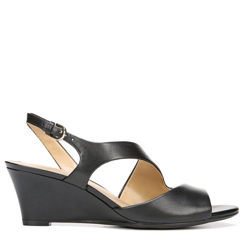 009c01cf96ed Naturalizer Women s Tonya Medium Wide Wedge Sandals (Black Leather) - 10.0 W