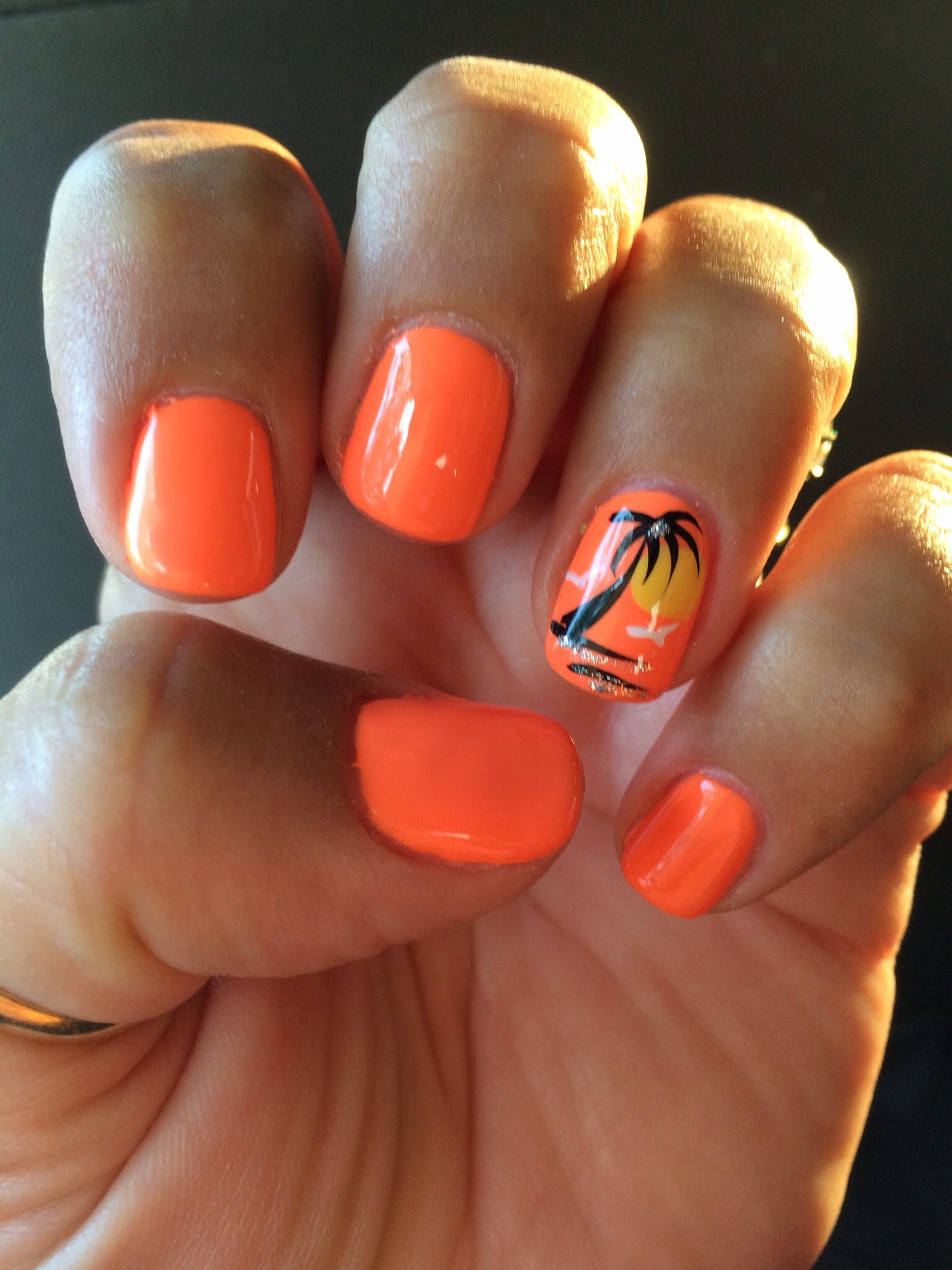 orange palm tree summer gel nails