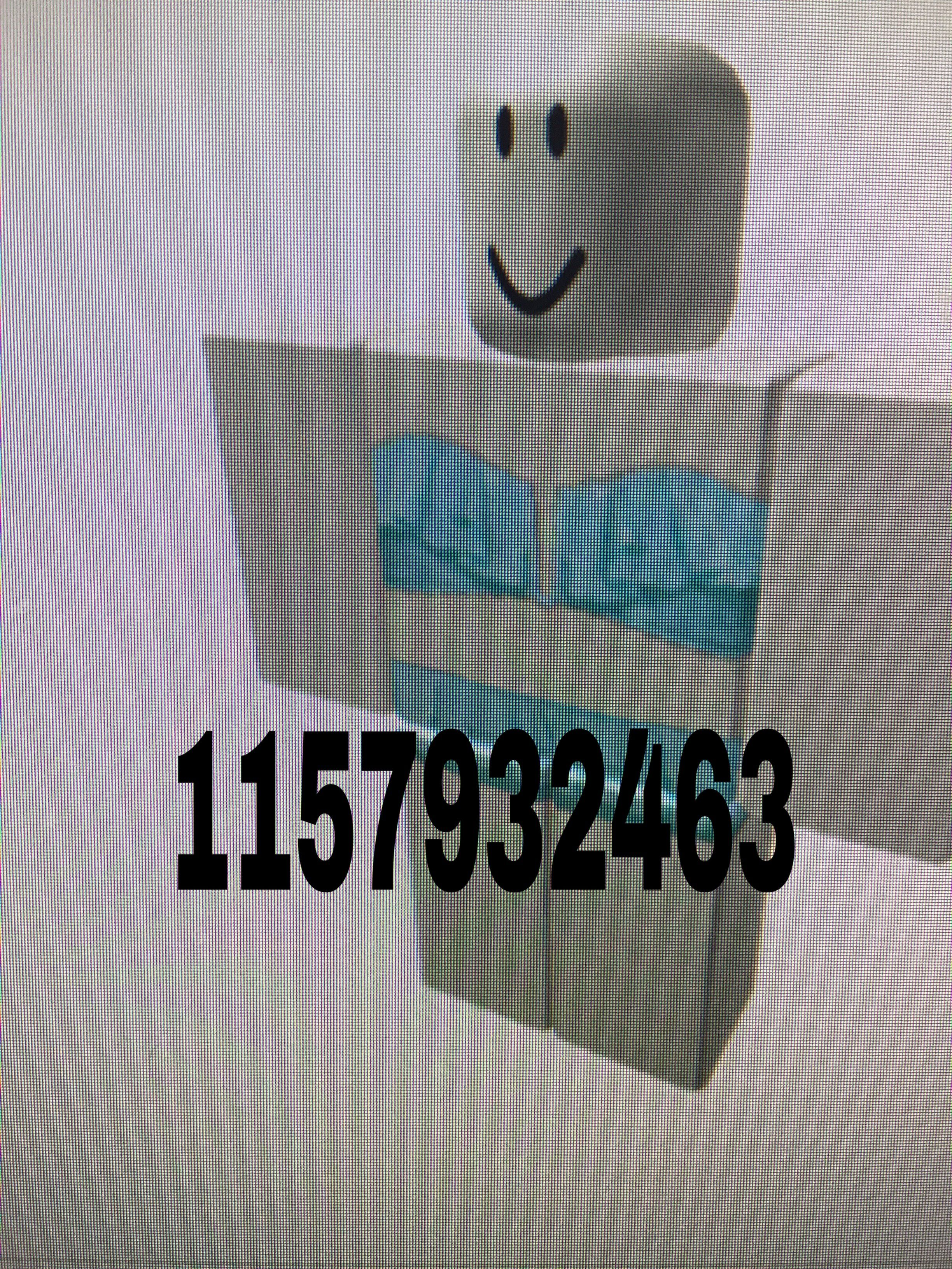 Pin By Leeann Dake On Roblox High School Codes Roblox Codes Roblox House Plans With Pictures