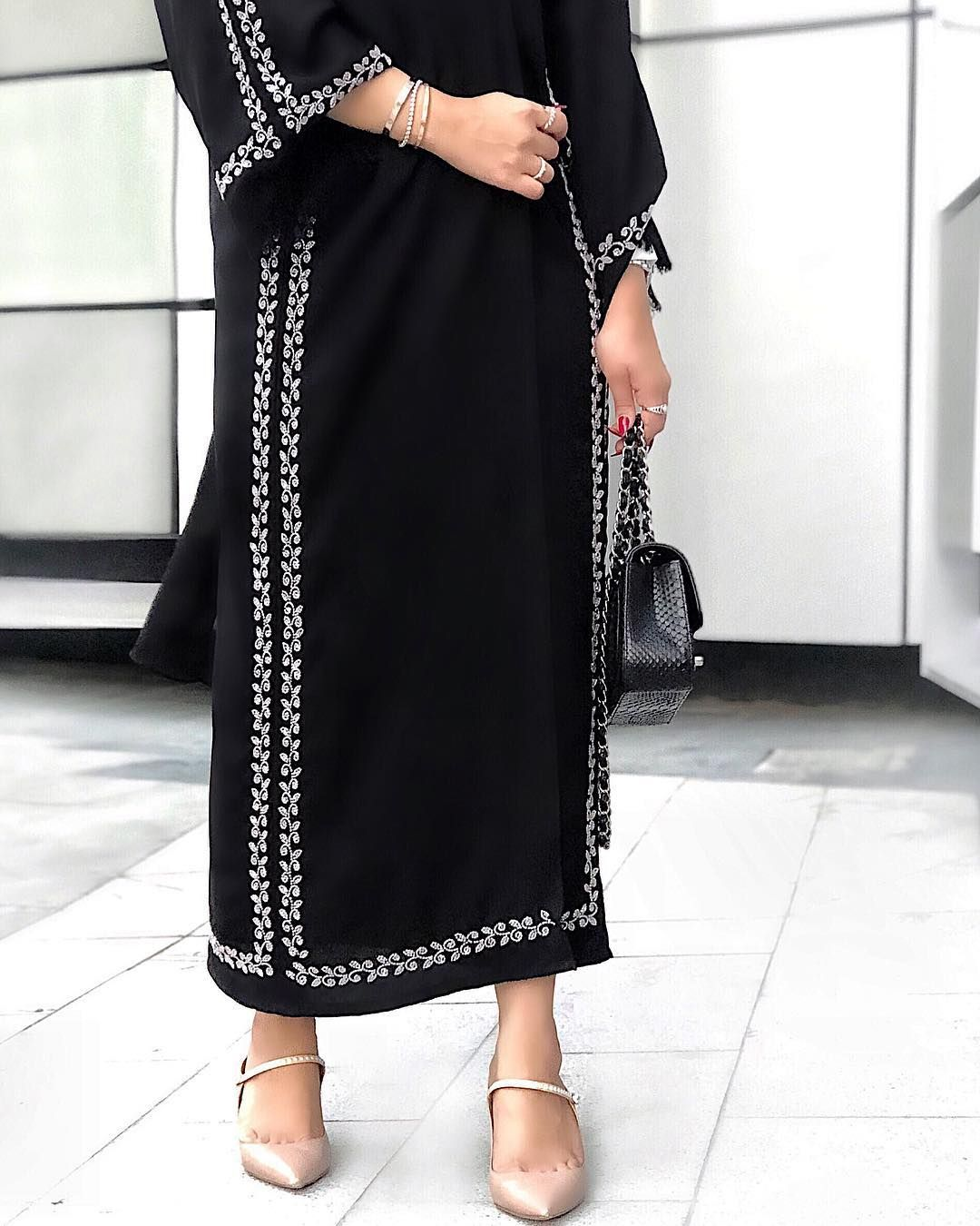 Image May Contain One Or More People And People Standing Abaya Fashion Abayas Fashion Fashion