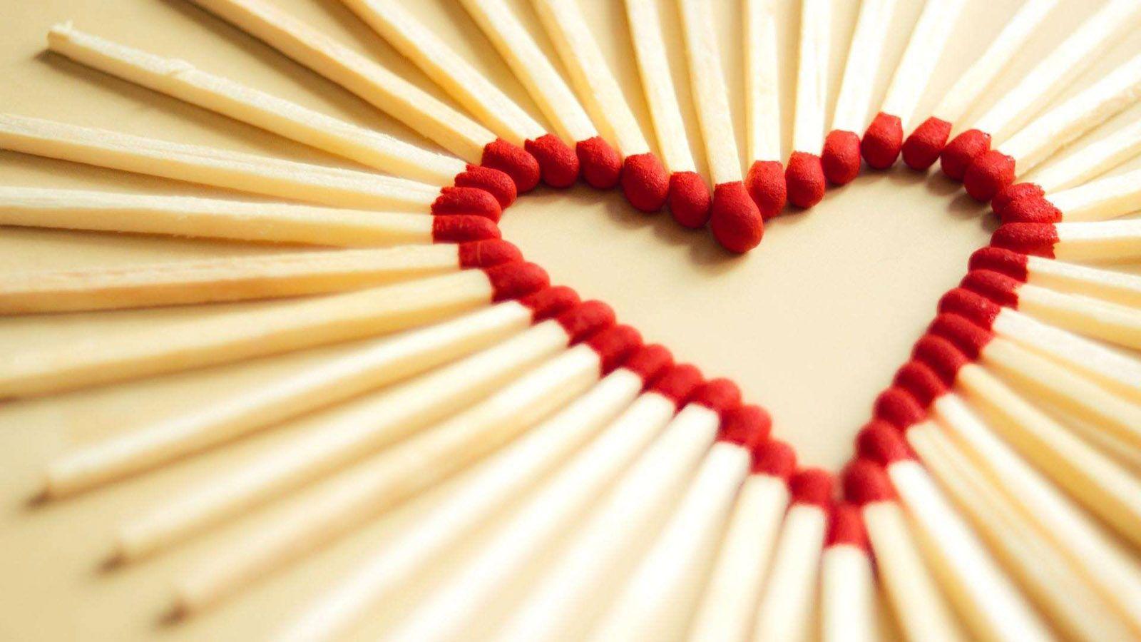 love heart of matches wallpaper
