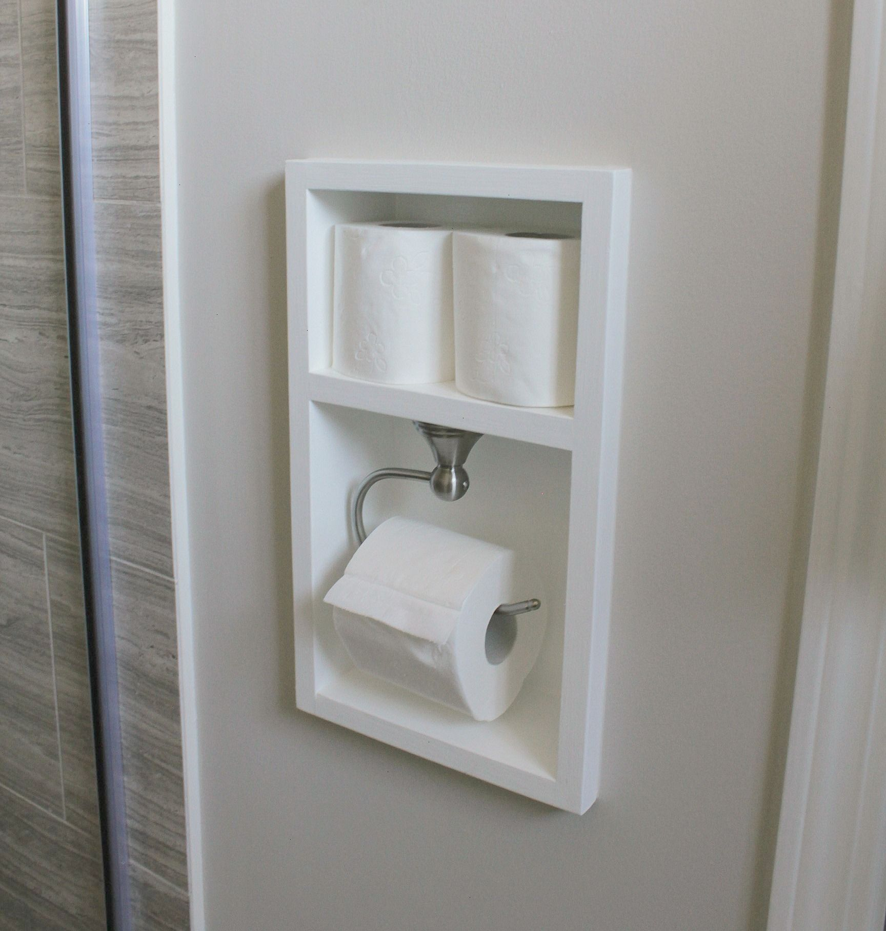 Simple Bathroom Solutions That Make A Statement #Bathroomstorage More