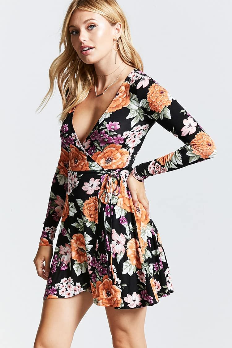 Vestidos floreados cortos de mujer