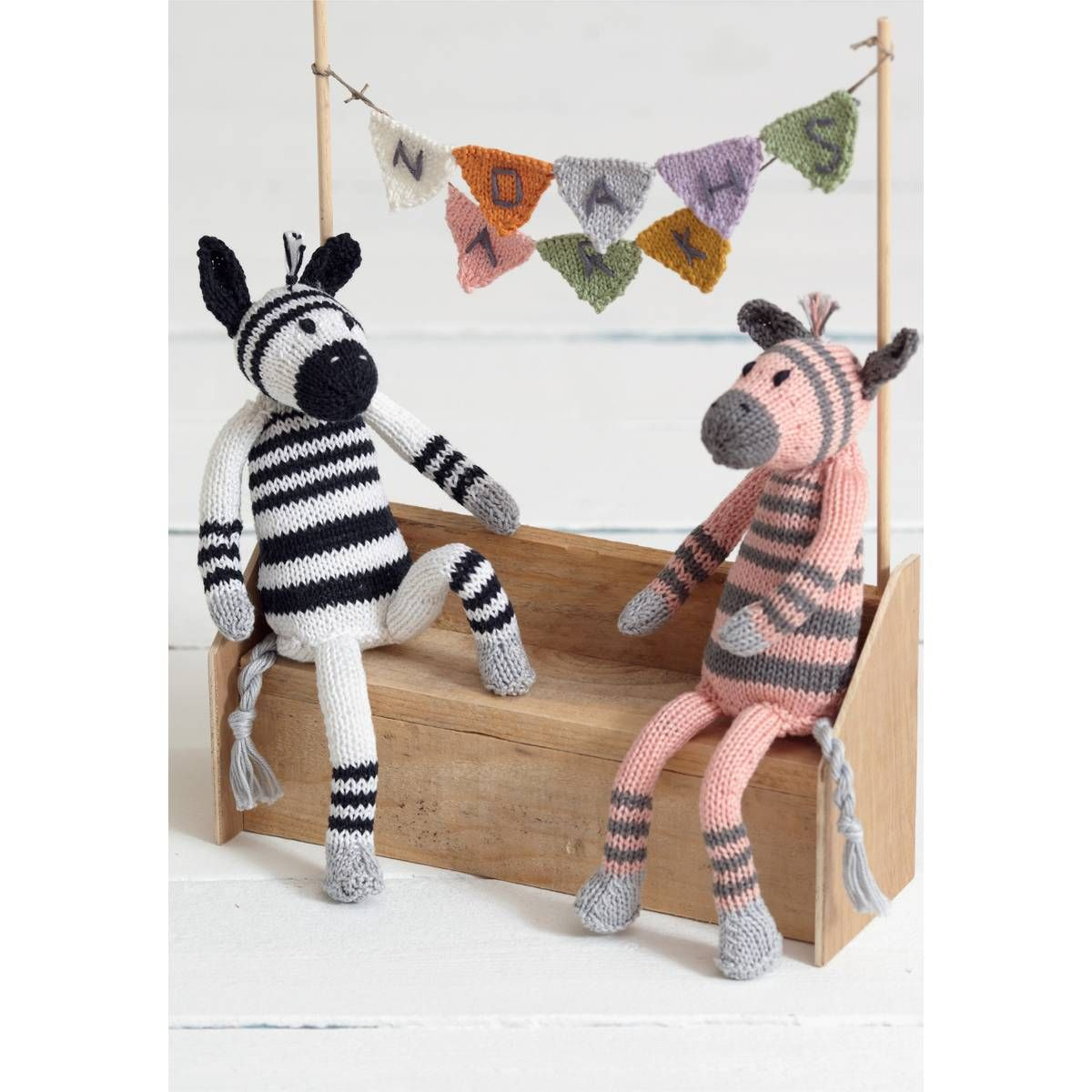 Free pattern sirdar cotton dk noahs ark zany zebras knitting free pattern sirdar cotton dk noahs ark zany zebras knitting pattern hobbycraft bankloansurffo Images