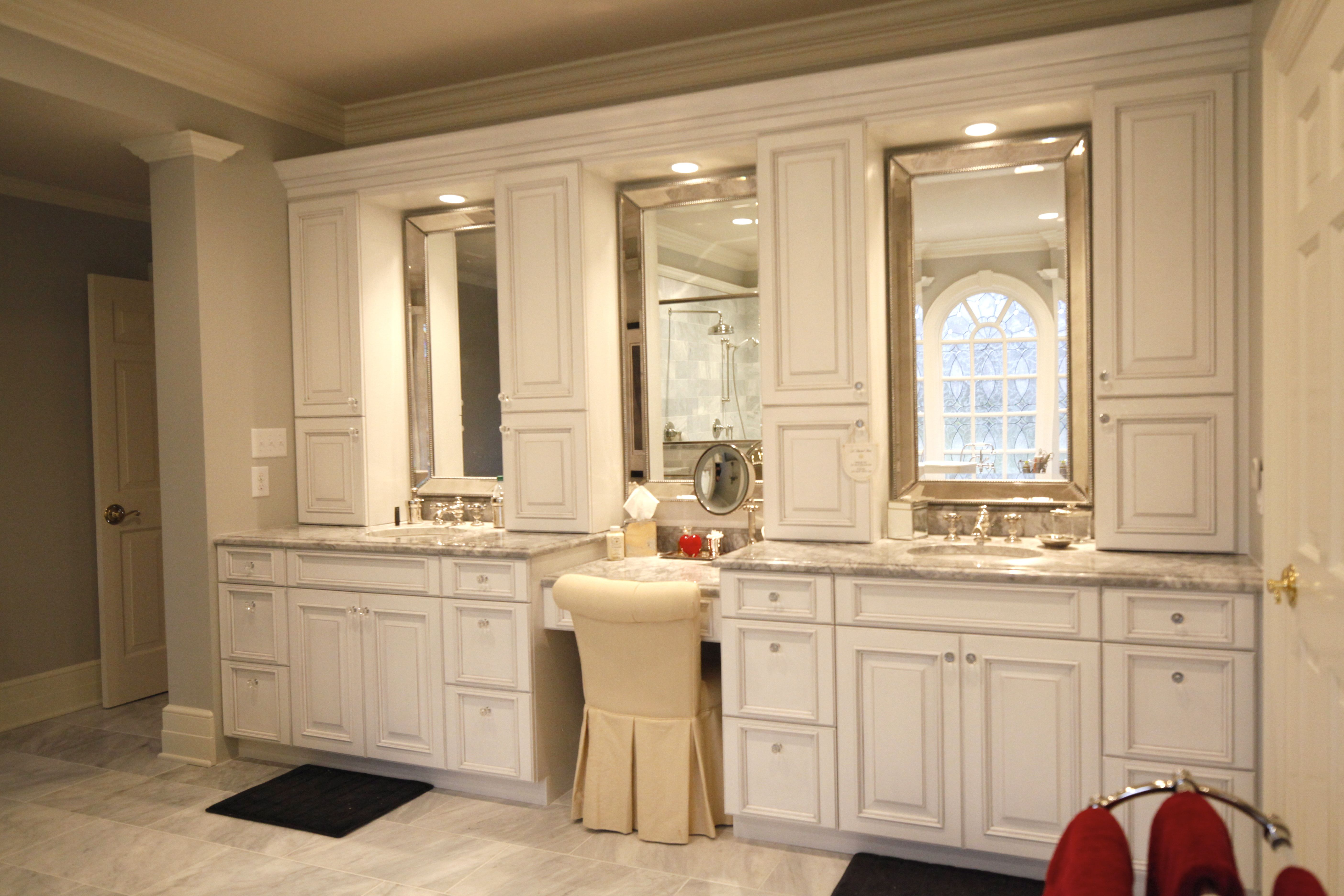 Holiday Kitchens Cabinets In Nordic White With A Matte Pewter Wash Featuring A Newcastle Door
