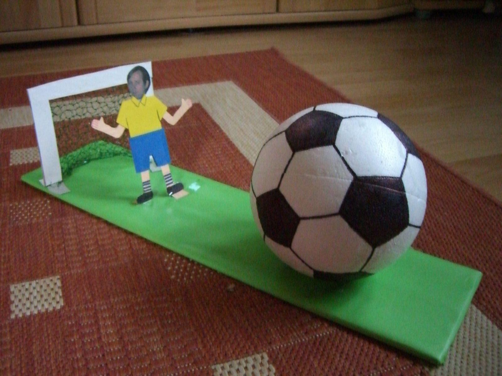 Geschenk Für Fußballfan Den Ball Kann Man öffnen Darin Wurde Das