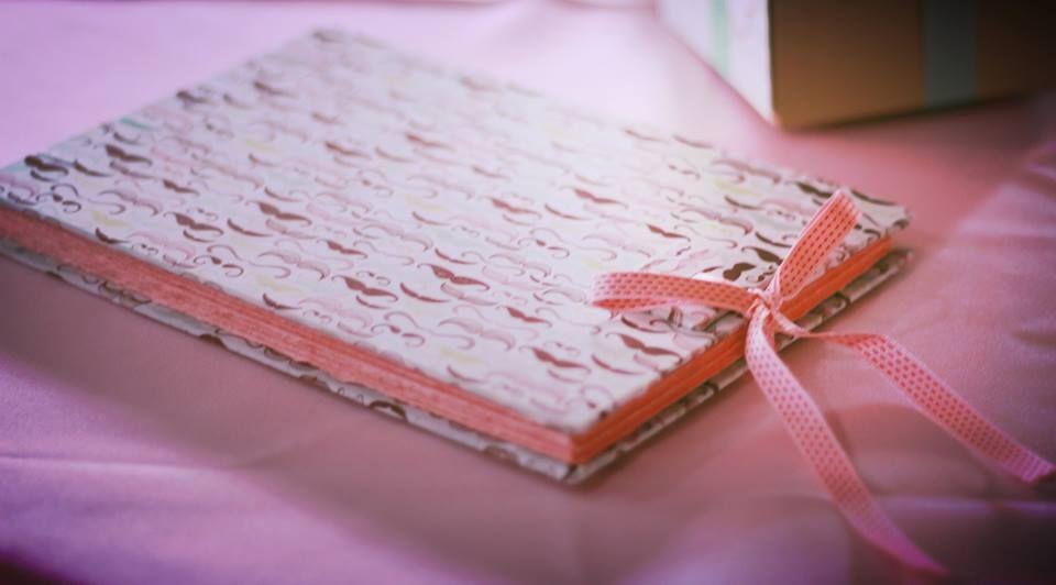 Valentina 3: Caderno de assinaturas.