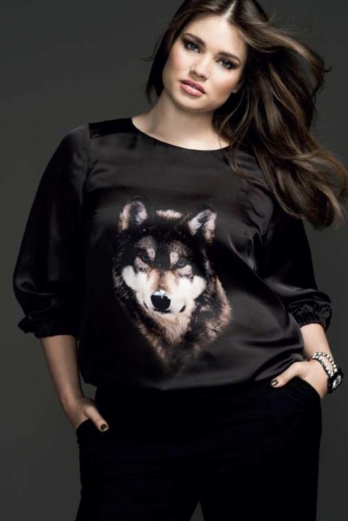 d75e016c777da7 Couchel - Moda - El Corte Inglés.Curvy model Tara Lynn #plus size #animal  print #wolf