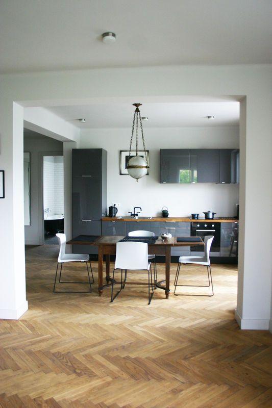 Szara Kuchnia Na Wysoki Polysk Kuchnia Styl Nowoczesny Aranzacja I Wystroj Wnetrz Home Home Decor Decor
