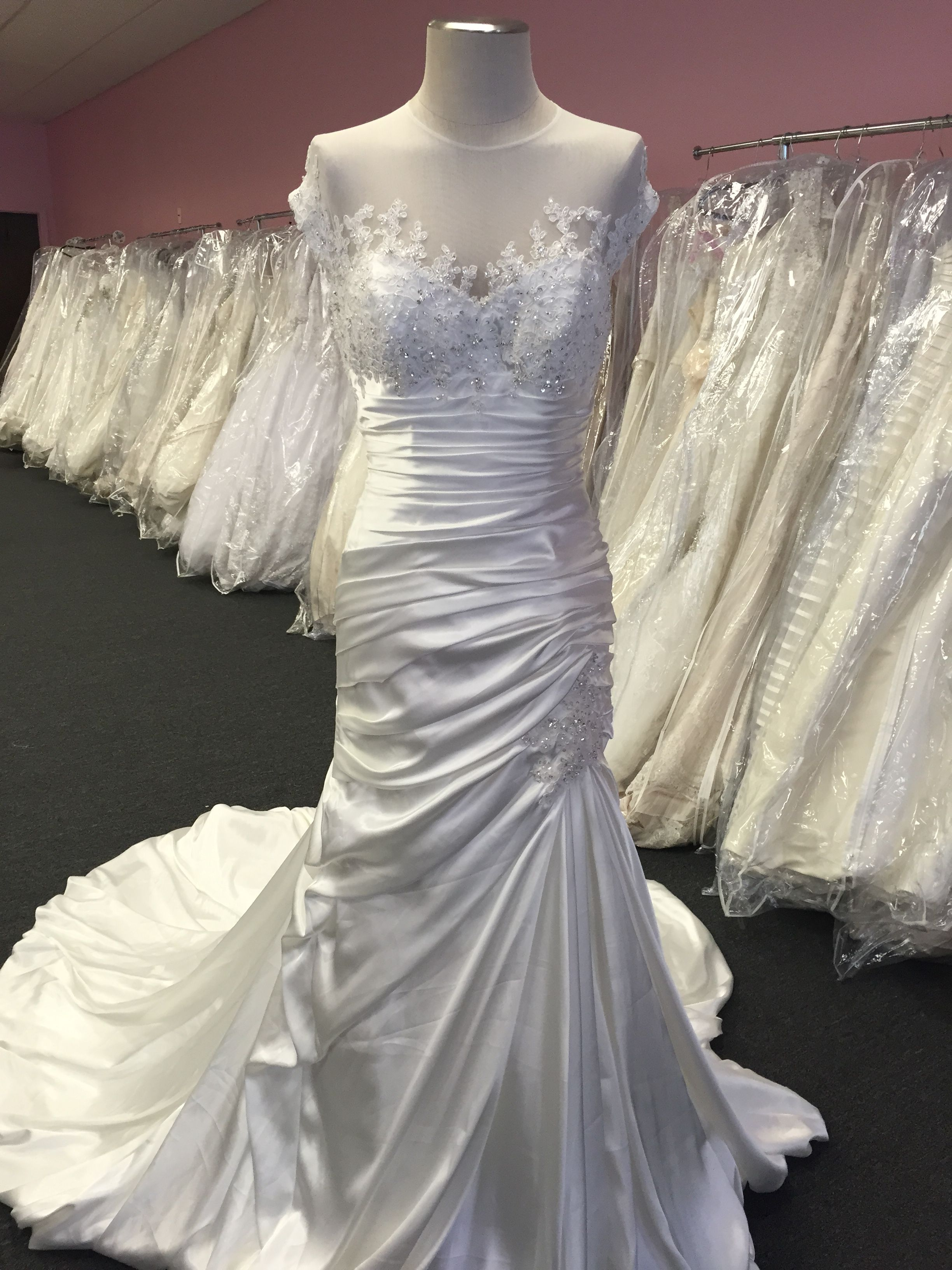 Designer OfftheRack Wedding Dresses in Pittsburgh, PA