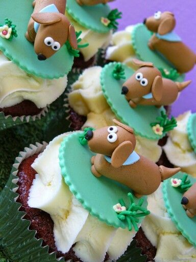 Dachshund Cupcakes Dachshund Cake Dog Cakes Cupcake Cakes