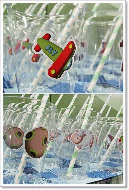 Copos para as crianças by Antes, Durante e Depois, via Flickr