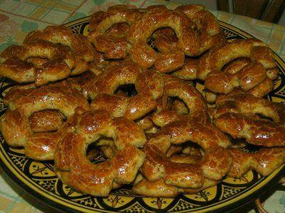 Kaaks,petits gâteaux orientaux à l\u0027anis et aux graines de sésame