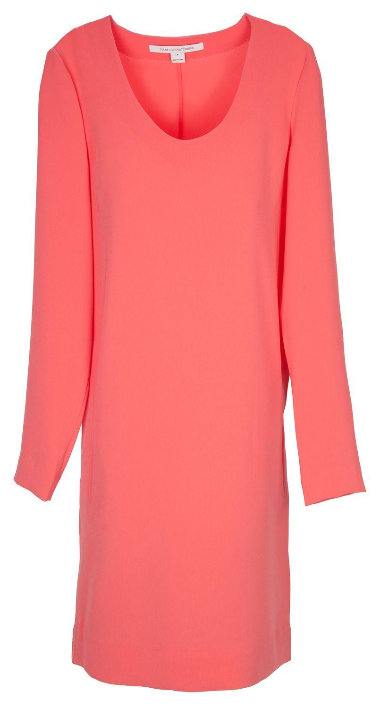 Dress to impress: Auffälliges Kleid in Koralle von Diane ...