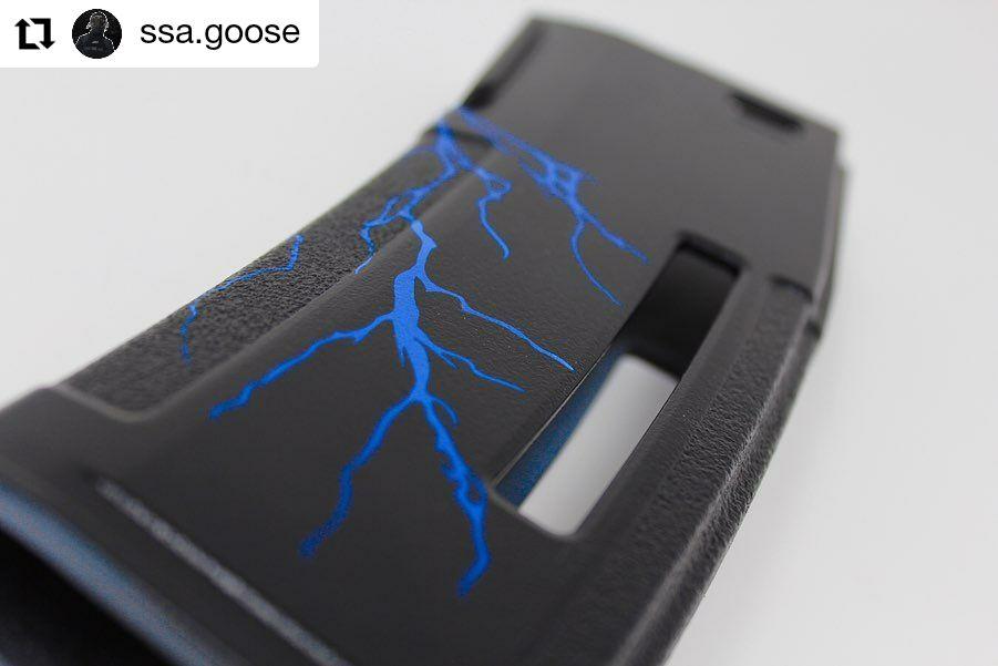 Lightning Bolts Weaponstencils In 2020 Lightning Bolt Bolt Adhesive Vinyl