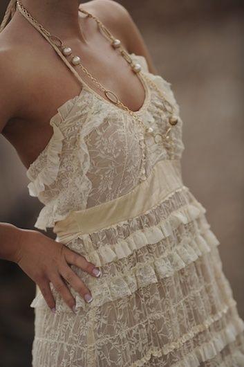 lace dress! love!