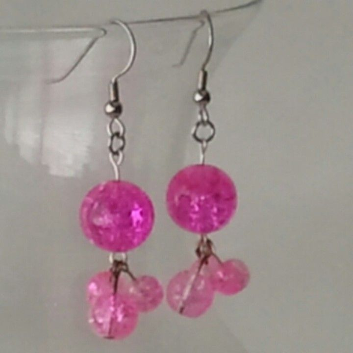 @KyDanJenjewelry Pink/clear crackle glass earrings. Don't have pierced ears? No problem! Will convert to clip-ons FOR FREE! from KyDanJenjewelry for $6.00 on Square Market