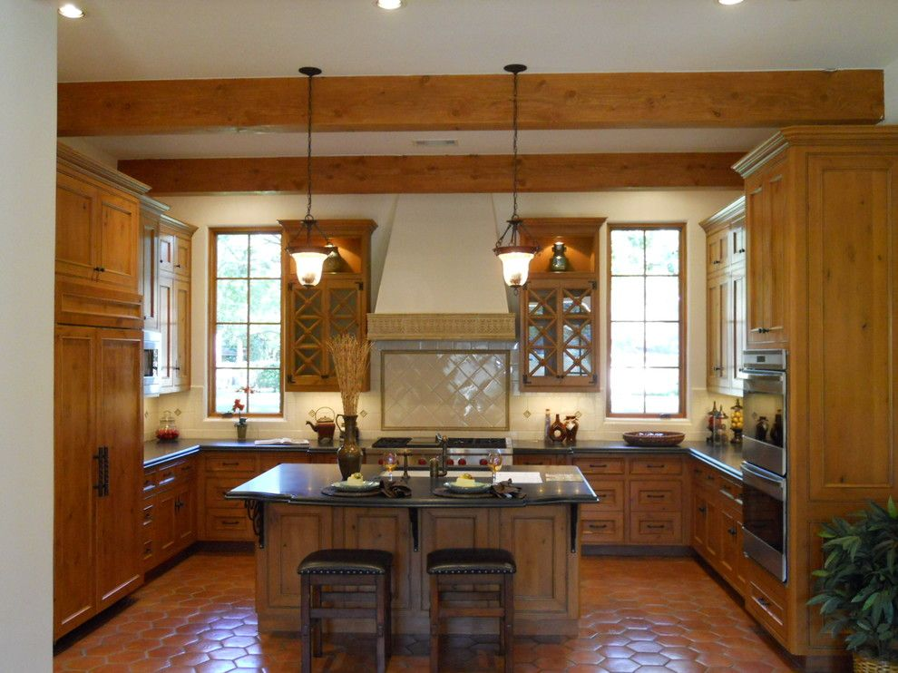golden oak cabinets kitchen traditional with black from golden oak kitchen cabinets - Golden Oak Kitchen Design Ideas