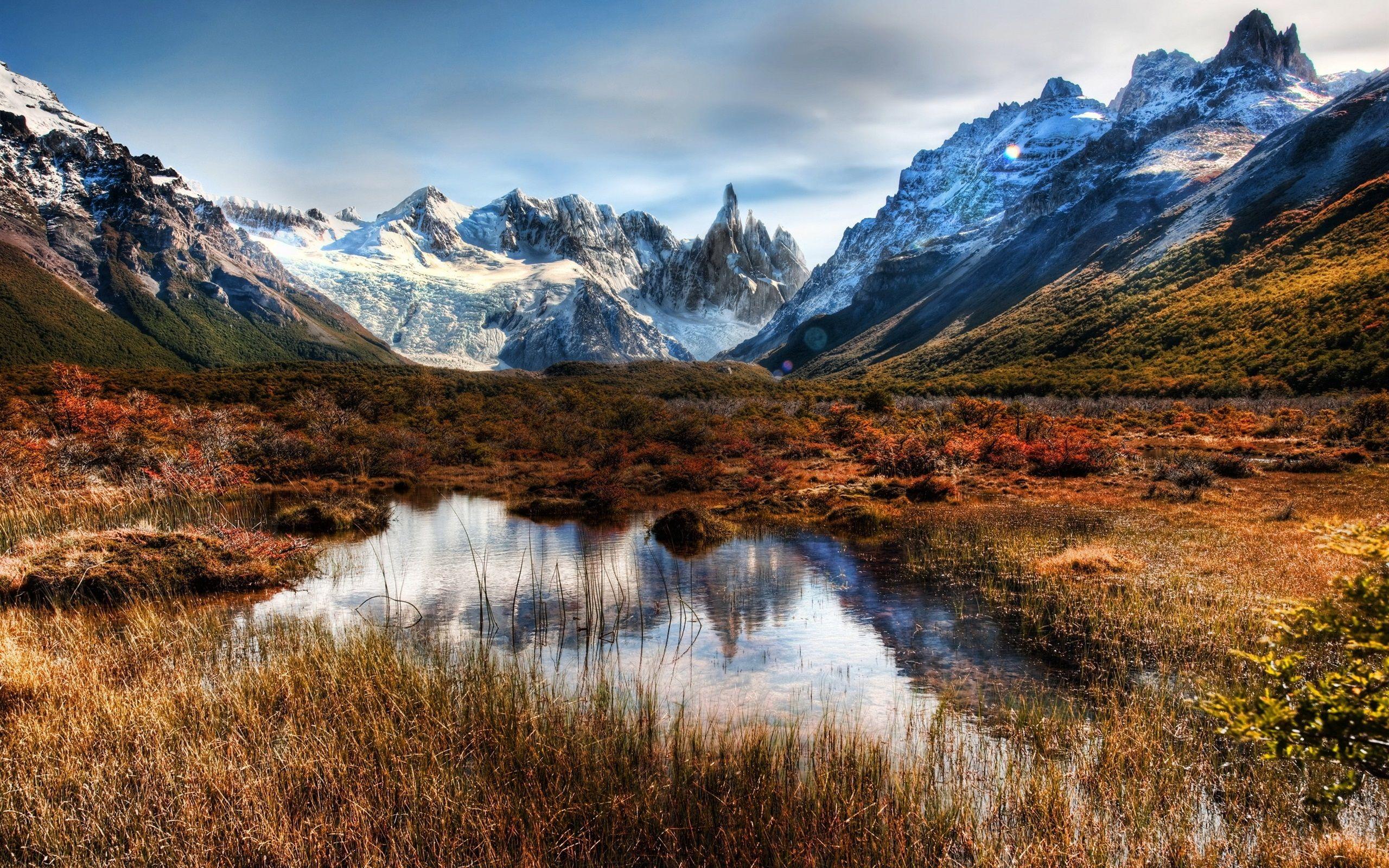 Montañas Nevadas En La Patagonia: Chile, Patagonia, Montañas, Rocas, Nieve, Agua Fondos De