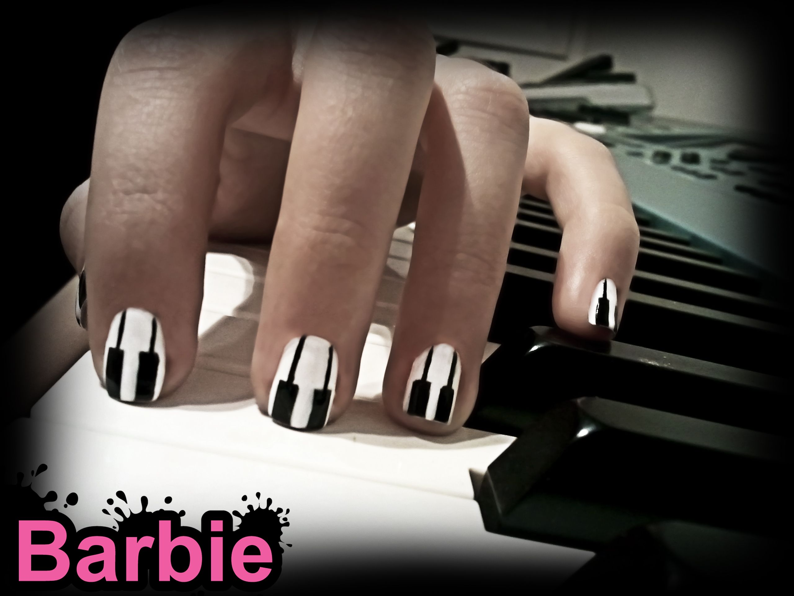 Piano Nails Nail Design Inspired By The Amazing Musical Instrument