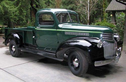 1941 Chevy.... Emerald green... I like it!