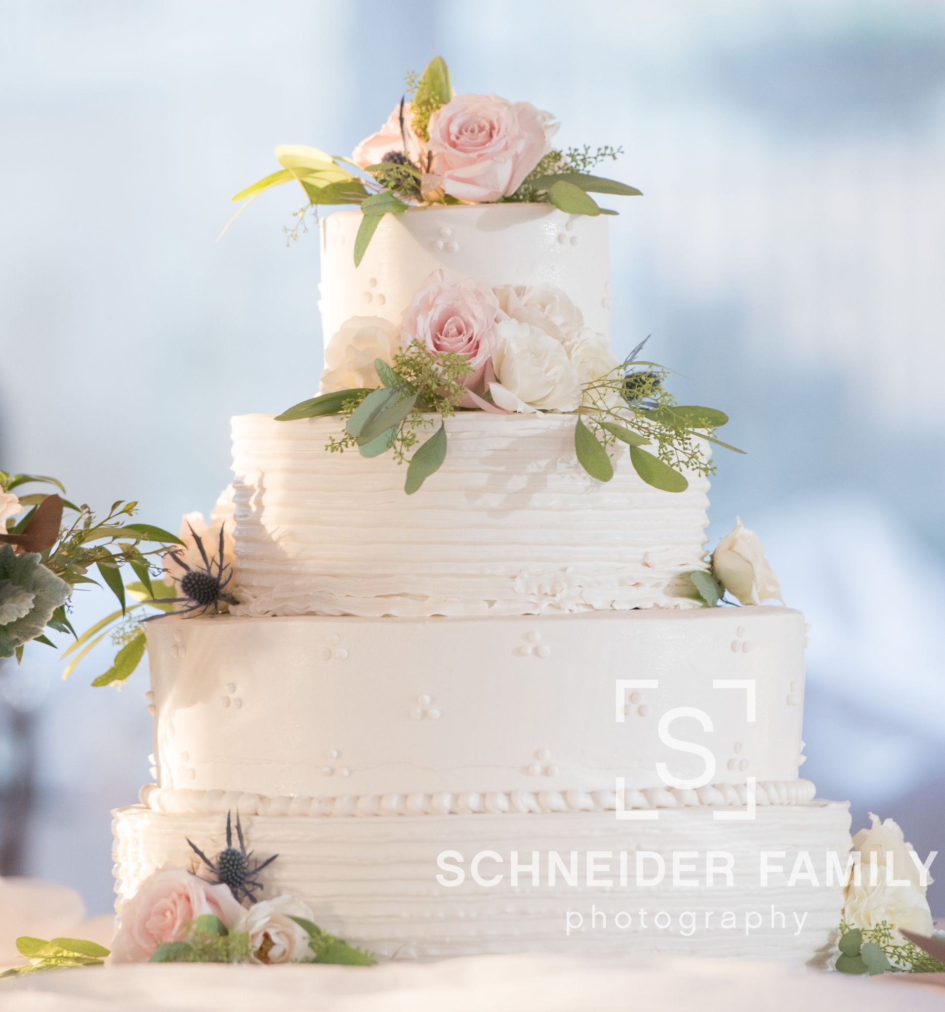 Beautiful Cake With Flowers Matching Bride Bouquet Check Out More
