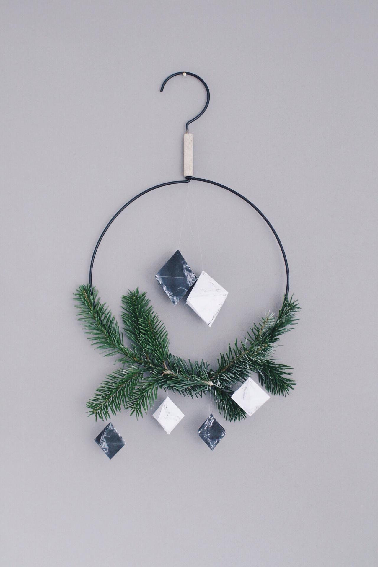 We wish you a marbled Christmas | Marmorieren, Baumschmuck und Marmor
