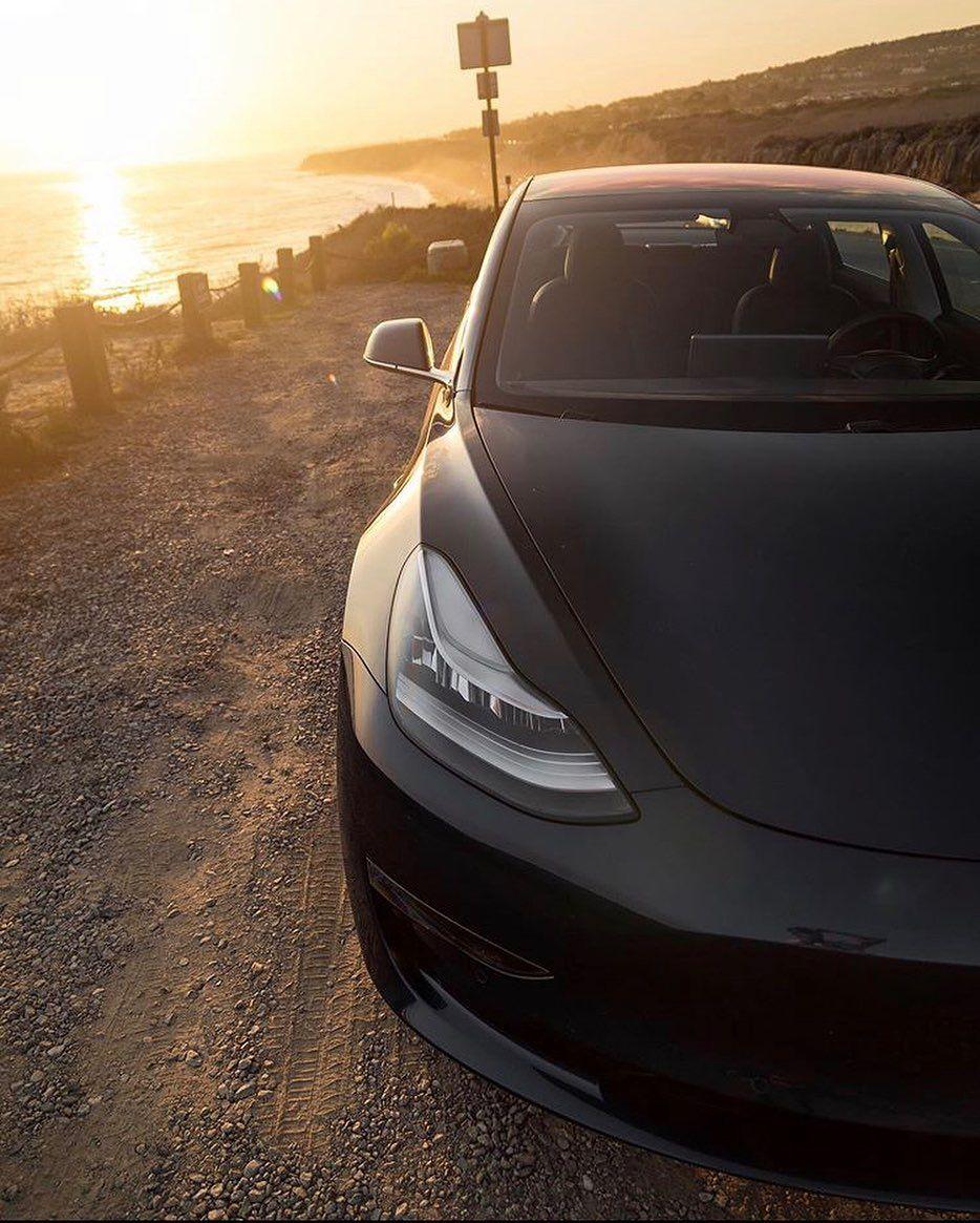 California vibes 🌴🌴🌴 ⠀⠀⠀⠀ ⠀⠀⠀⠀ Follow 👉 Teslavibes Follow