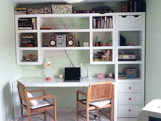 Escritorio laqueado con alzada y biblioteca til for Muebles de estudio modernos