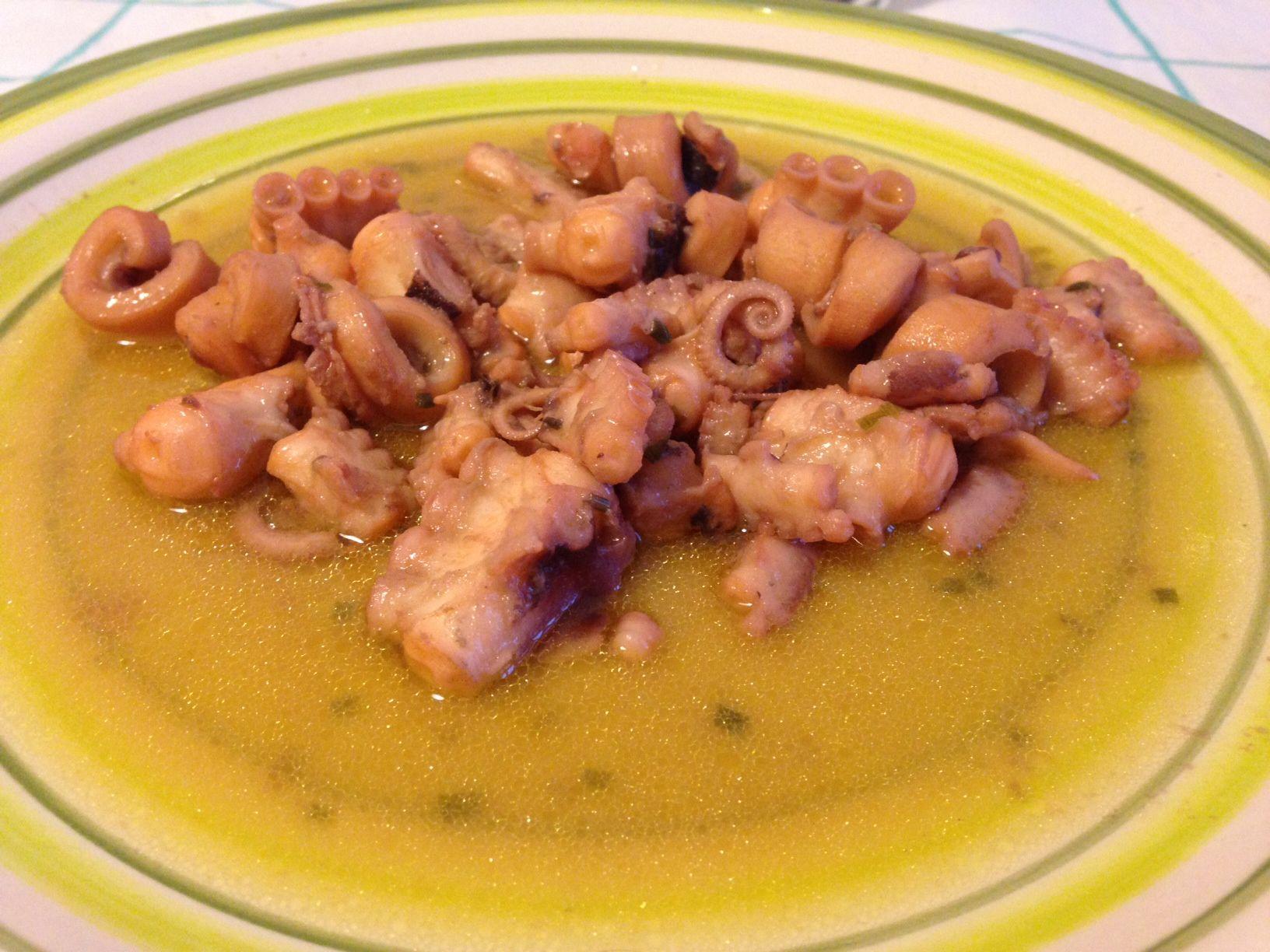 Moscardini in guazzetto ricetta secondo piatto the for Cucinare moscardini