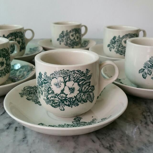 0cc4c5a0ac2 Vintage Kopitiam cups from late 70sSet of 6 cups and saucers for sale. Also  selling kopitiam table and chairs. Owner relocating. Selling lots of  Chinese, ...