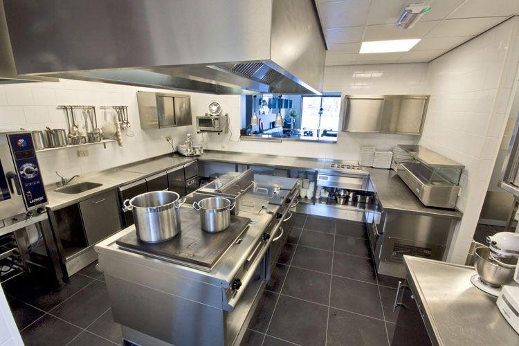 Best A Nice Compact And Efficient Kitchen Layout Kitchen 400 x 300