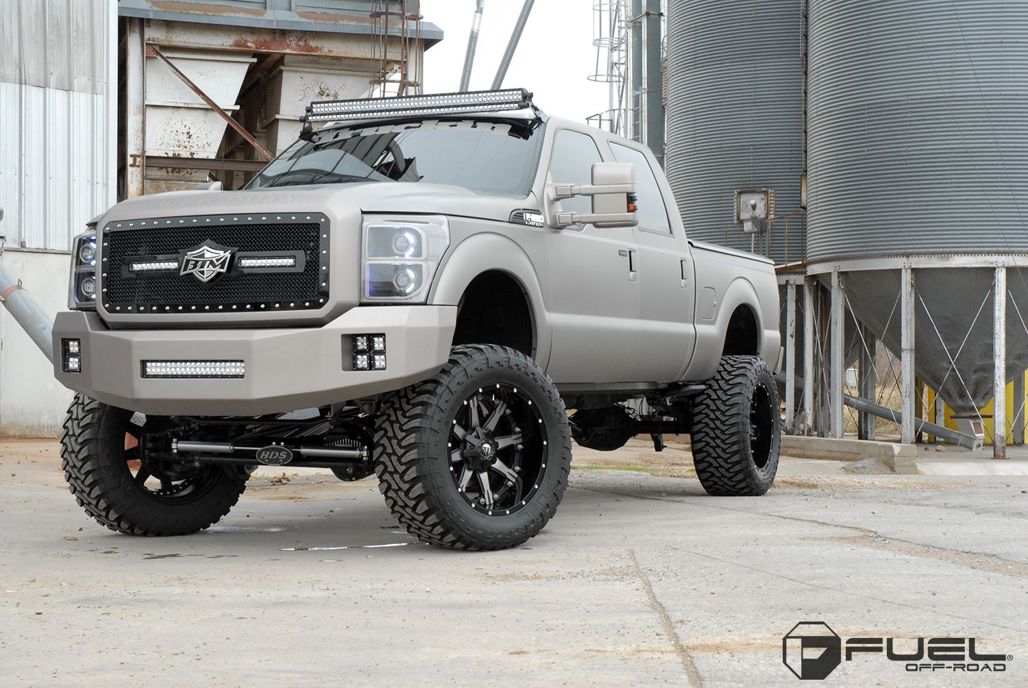 2012 ford f350 brand fuel two pieceoffset wheel d252 nutztire size