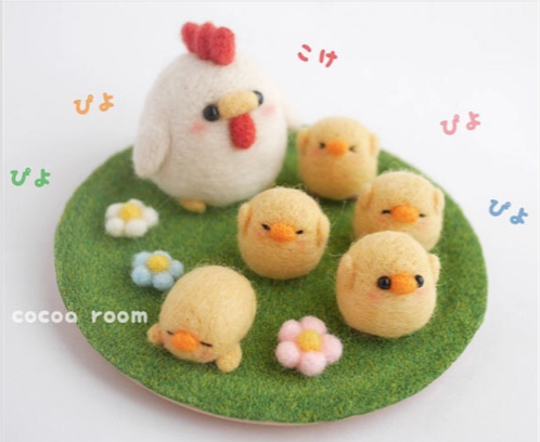 Handmade cute Needle felting project wool animal hen chicken(Via @cocoa_room)