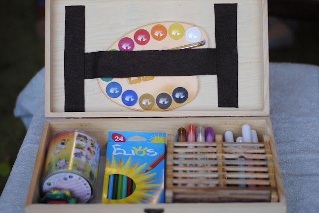 Organizzare il materiale per dipingere e creare con i bambini (da Debbie e le piccole cose)