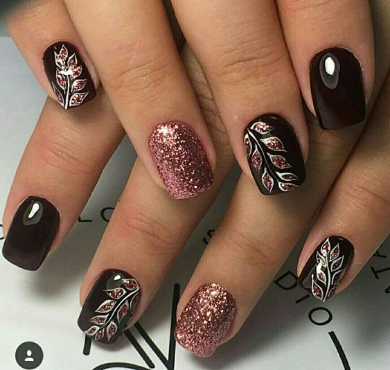 Black Nails With Rose Colored Leaves Black Nails With Glitter Black Nail Designs Nail Designs