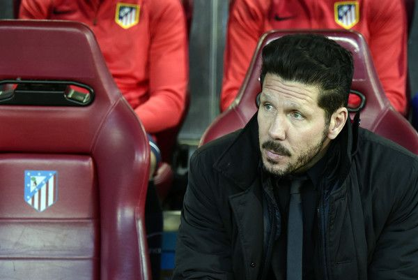 Atletico Madrid's Argentinian coach Diego Simeone looks on before during the Champions League quarter-final second leg football match Club Atletico de Madrid VS FC Barcelona at the Vicente Calderon stadium in Madrid on April 13, 2016.